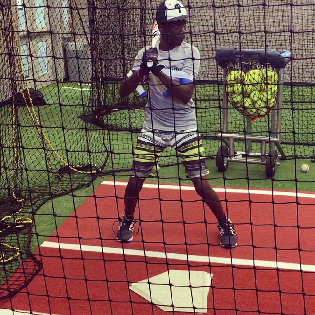 youth baseball hitting